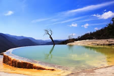 Places to visit around Oaxaca City - Hierve el Agua